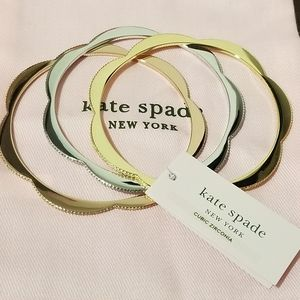 🆕️kate spade Scalloped CZ Bangle Set